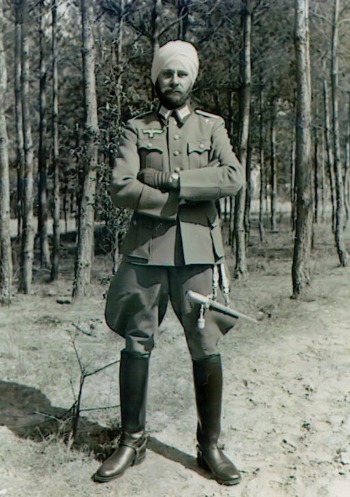 Newly promoted Leutnant Sant Singh in his immaculate new uniform, complete with dress dagger, 1943. (Peter Krappe Collection)